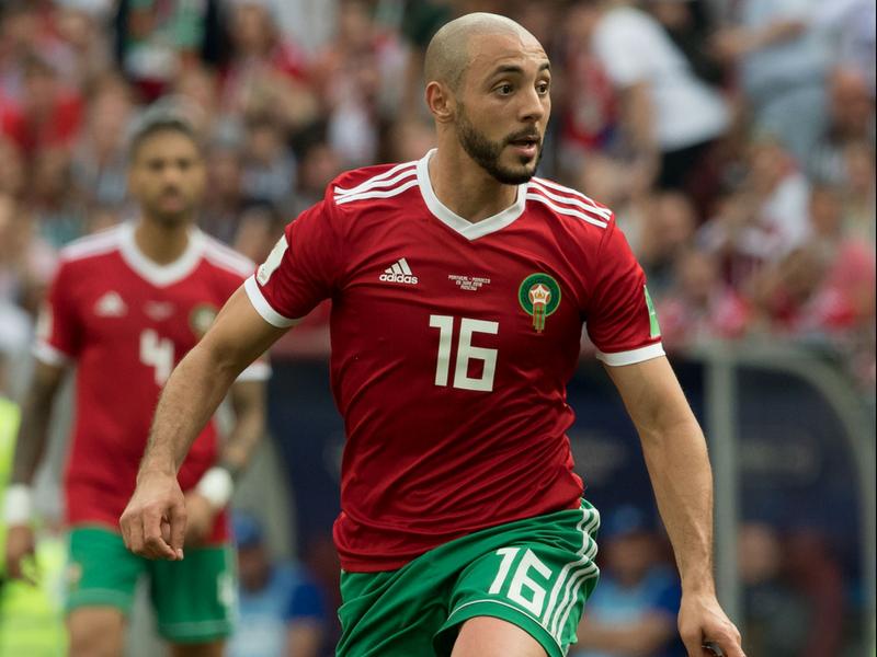 Marroquí acusa al árbitro de pedir la playera a CR7