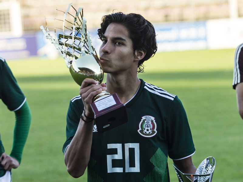 Diego Lainez enaltece al América a nivel Mundial