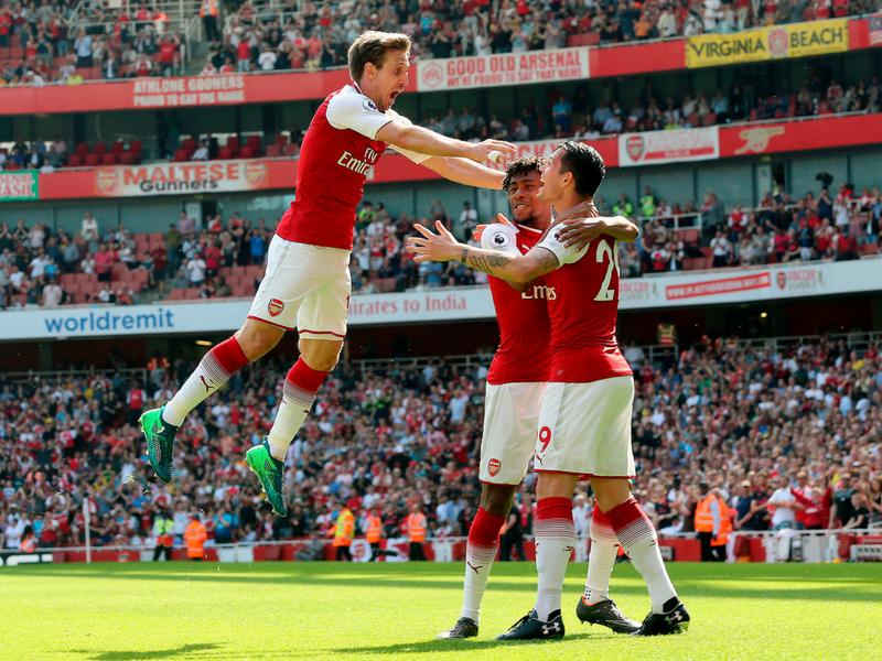 Estafan al Arsenal con un contrato falso