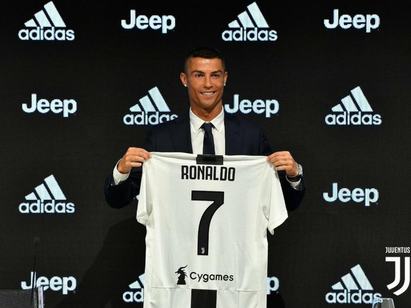 Cristiano ya es 'bianconeri'