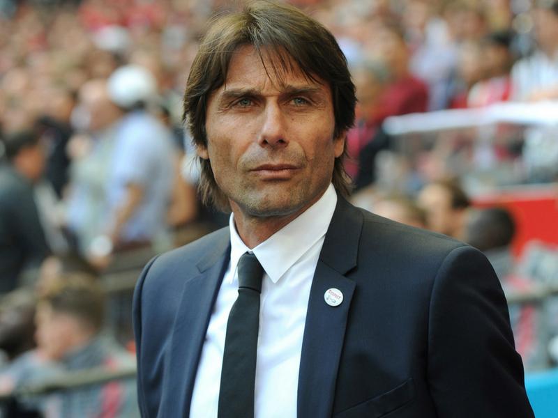 Antonio Conte demandará al Chelsea