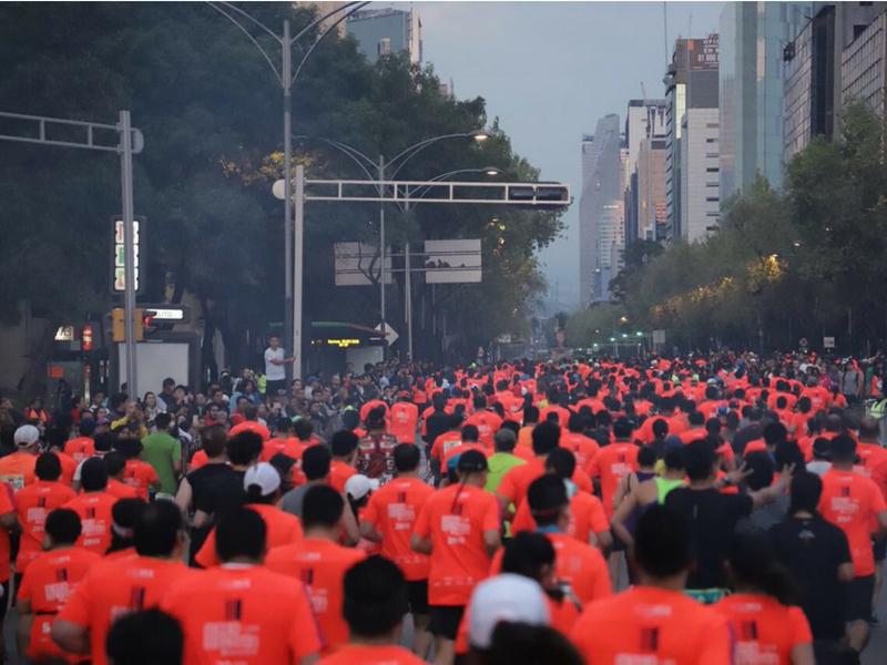 Fallecen corredores en Media Maratón de la CDMX
