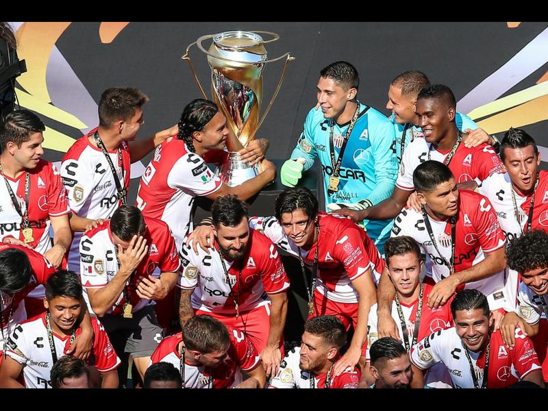 Necaxa se lleva la Supercopa MX