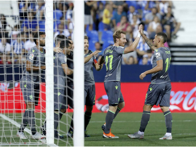 Héctor Moreno evita el desastre de la Real Sociedad