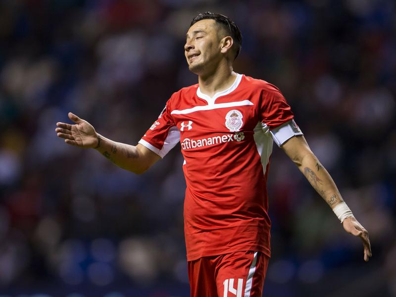Sambueza quedará fuera de Toluca