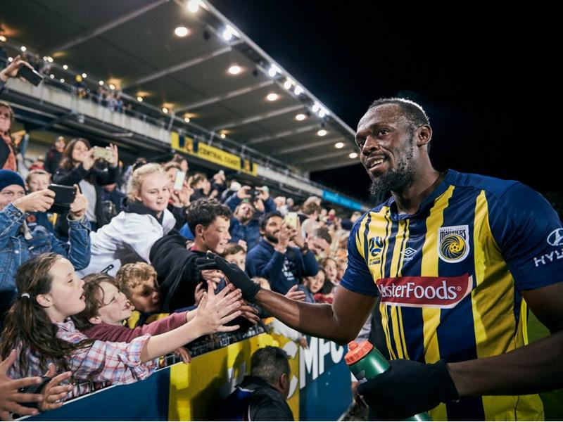 Usain Bolt da un giro a su carrera como futbolista