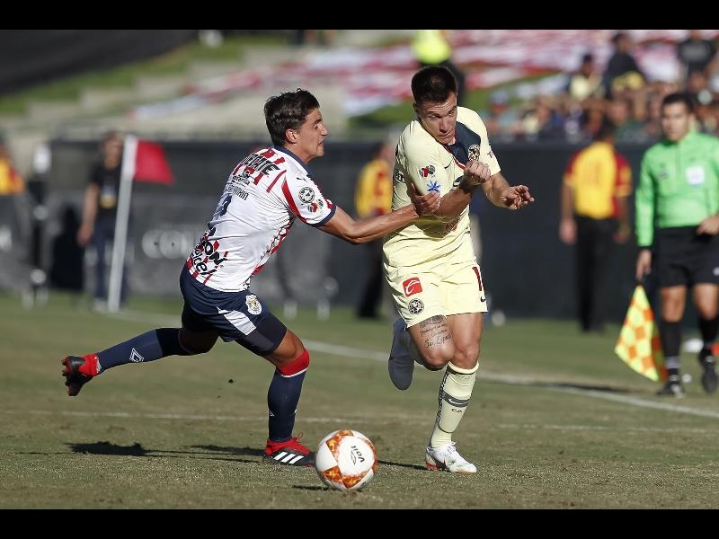 América y Chivas igualan en la despedida de Muñoz