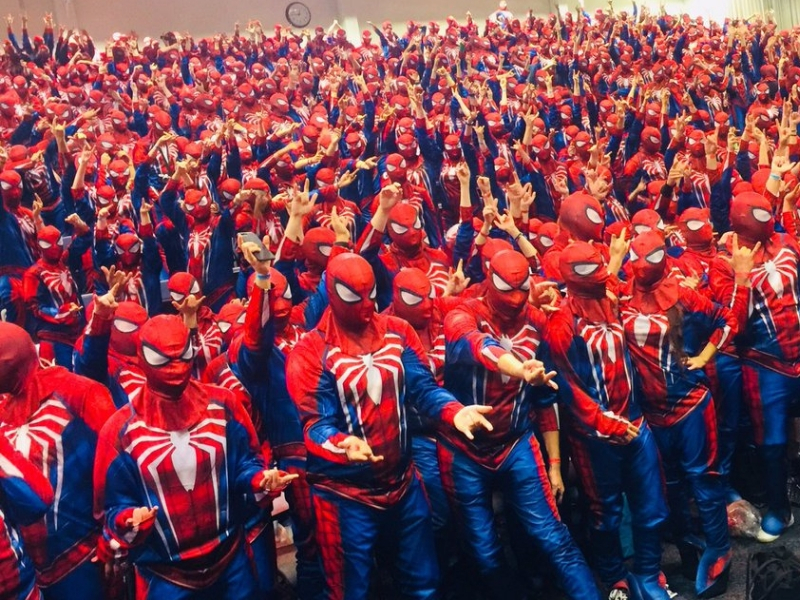 ¡Espectacular! Nuevo récord mundial de Cosplayers