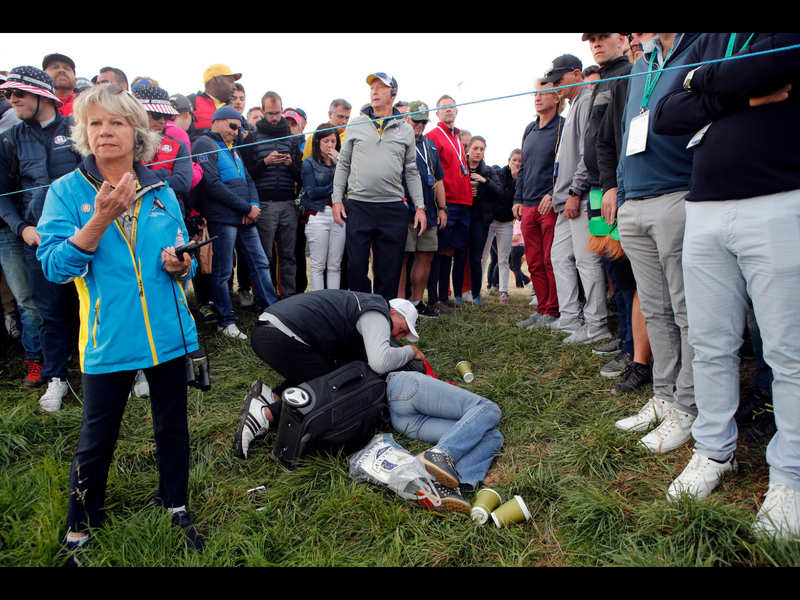 Espectadora demandó tras ser golpeada en la Ryder Cup