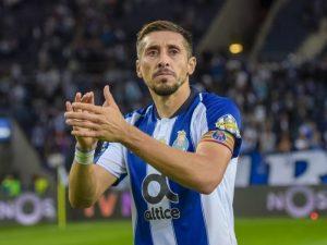 Héctor Herrera es elogiado por futbolista histórico