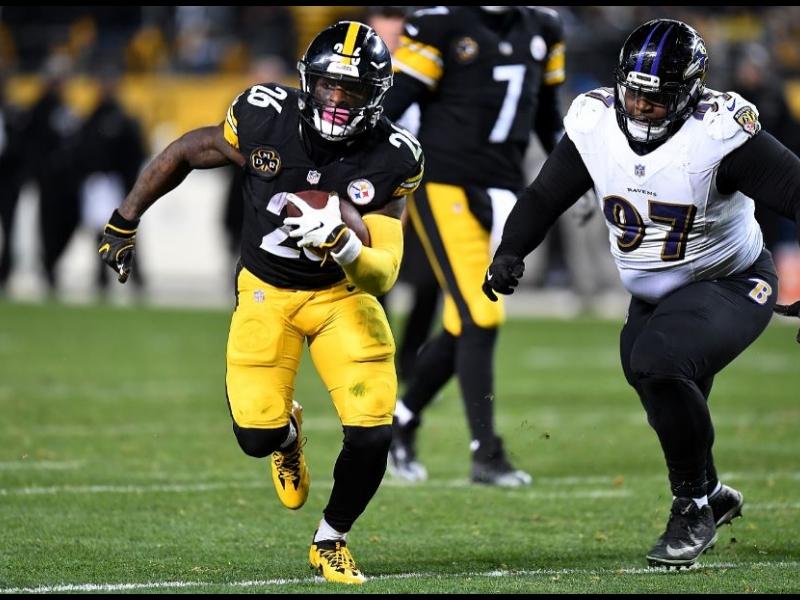 Le'Veon Bell ya tiene fecha de regreso con los Steelers