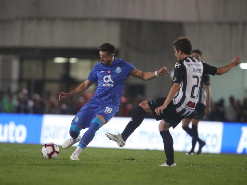 El Porto se pasea en la Copa y Corona ya es titular