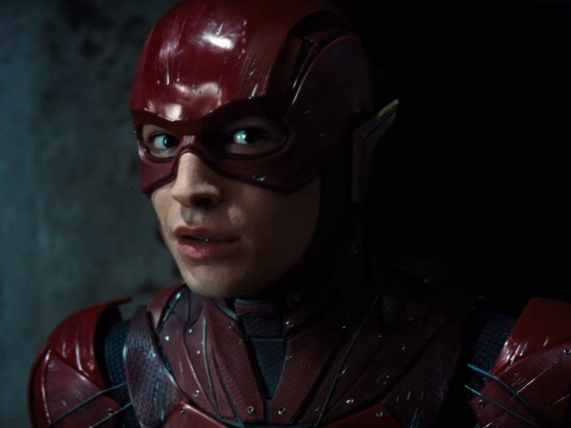 Warner anuncia retraso de Flash