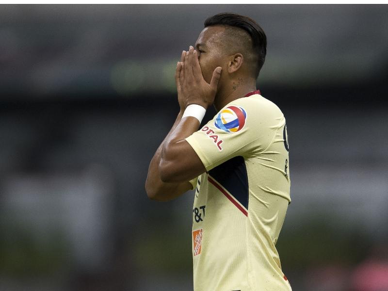 La insostenible racha sin gol de Roger Martínez