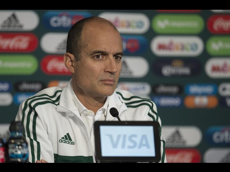 FMF comenzará pláticas con Liga MX para disminuir presencia de extranjeros