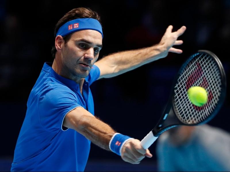 Federer accede a las semifinales de Londres
