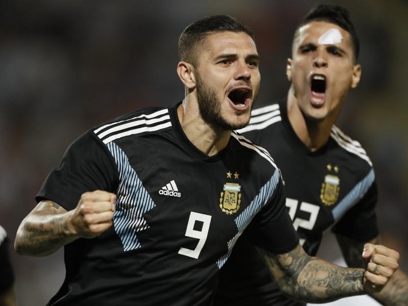 Argentina despide a Tuca con derrota