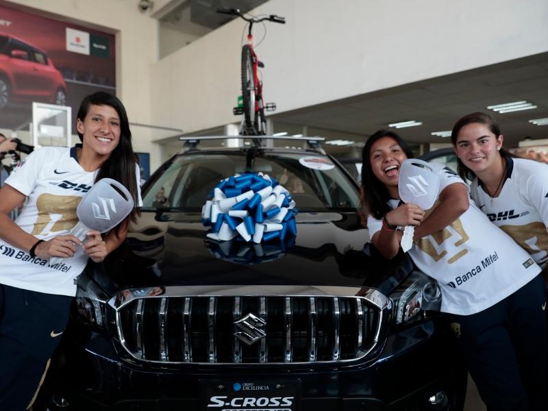 Pumas Femenil estrenan autos