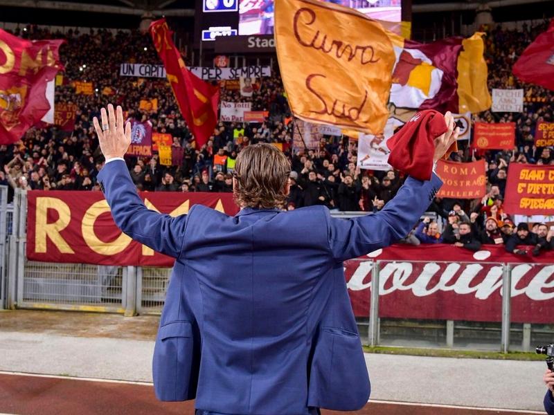 La Roma le rinde tributo a Il Capitano