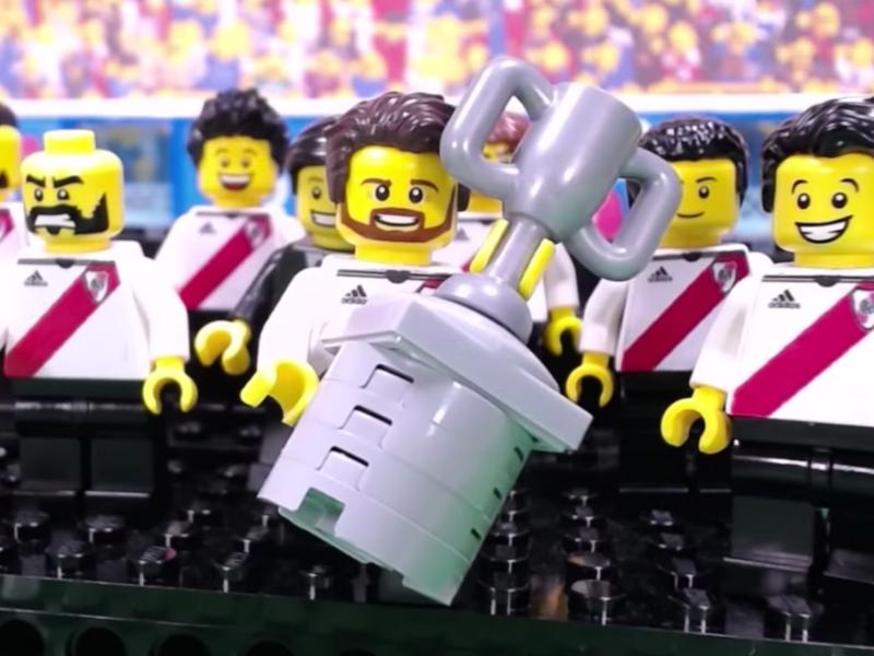 Triunfo de River en Libertadores versión LEGO