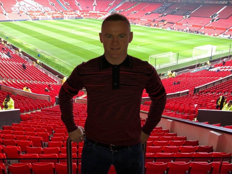 Rooney vuelve a Old Trafford y lo tratan como uno más
