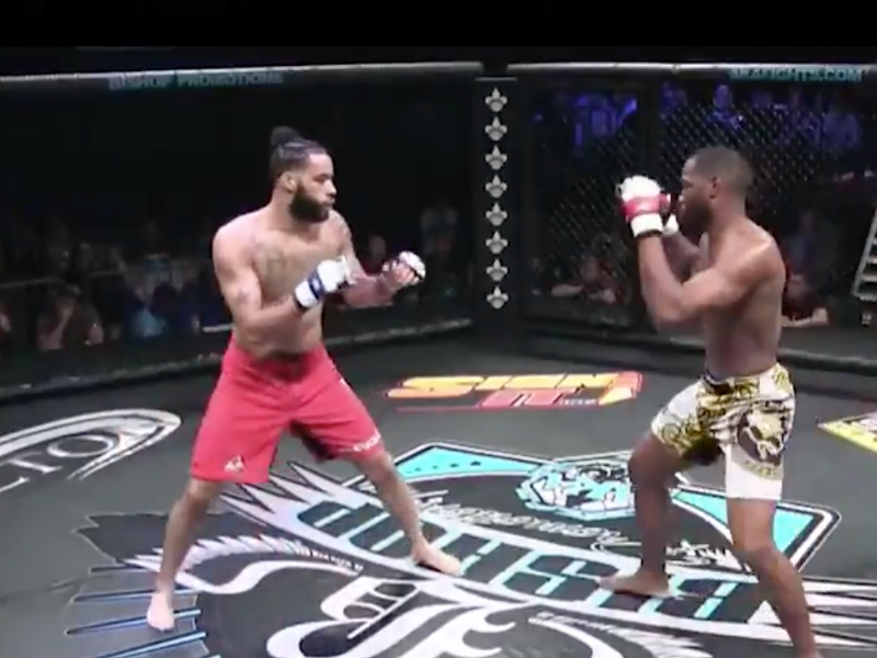 Peleador de MMA intenta lastimar a su rival y termina fracturado