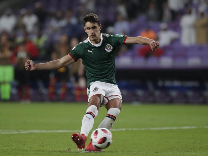El futbolista mexicano despertó el interés del fútbol europeo