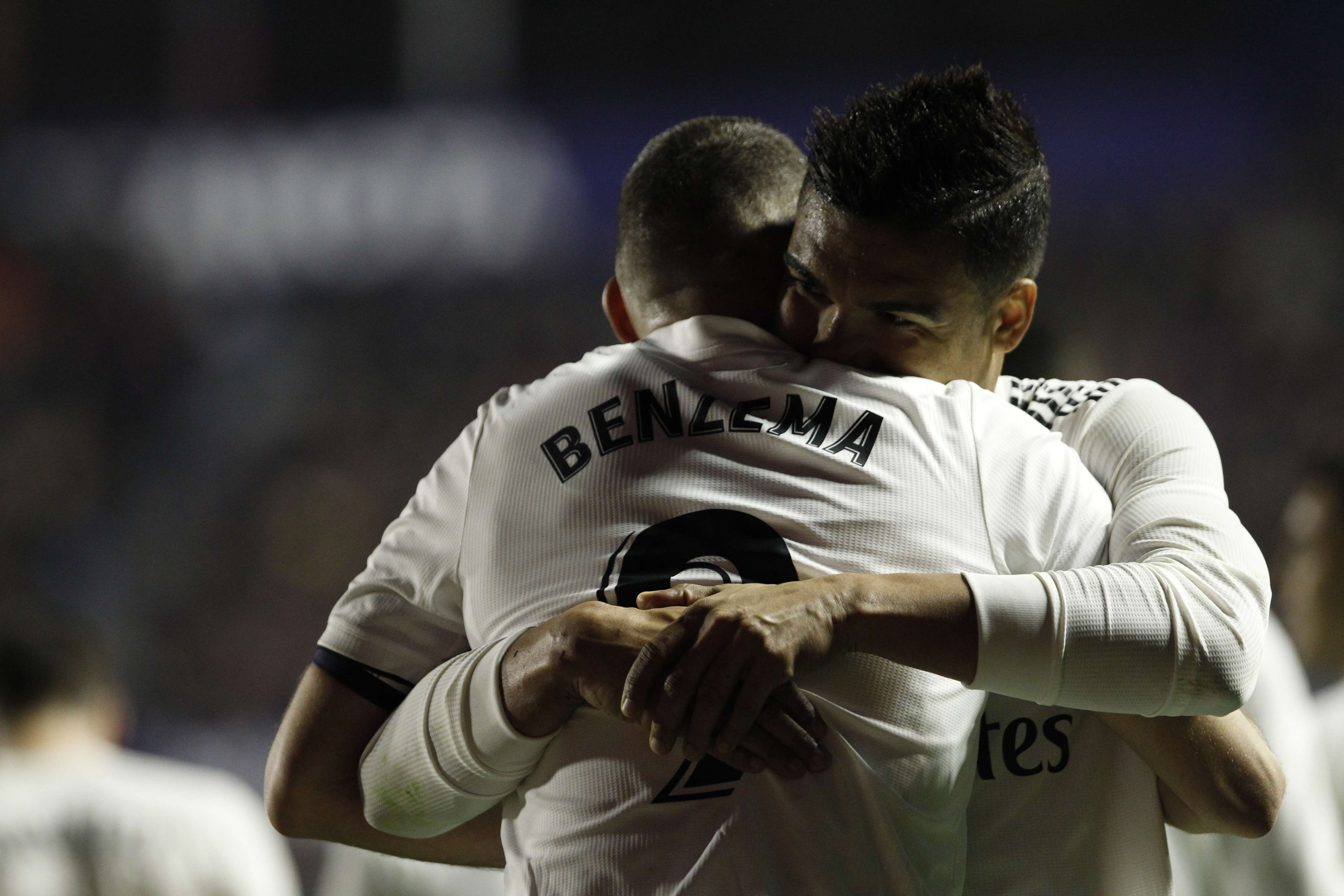 Con 2 penales, Real Madrid supera a Levante