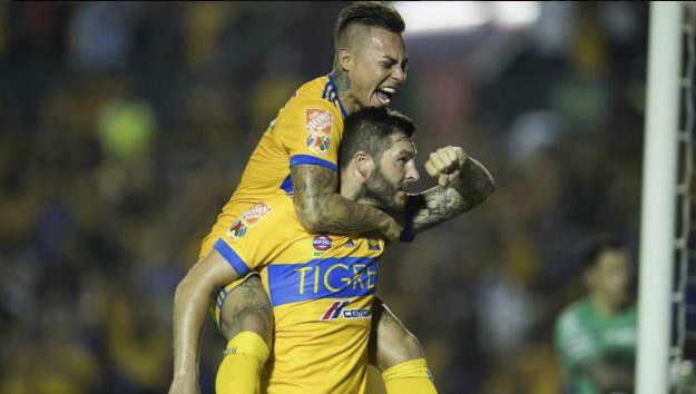 Gignac aplica una 'Pique' con rumor sobre Edu Vargas