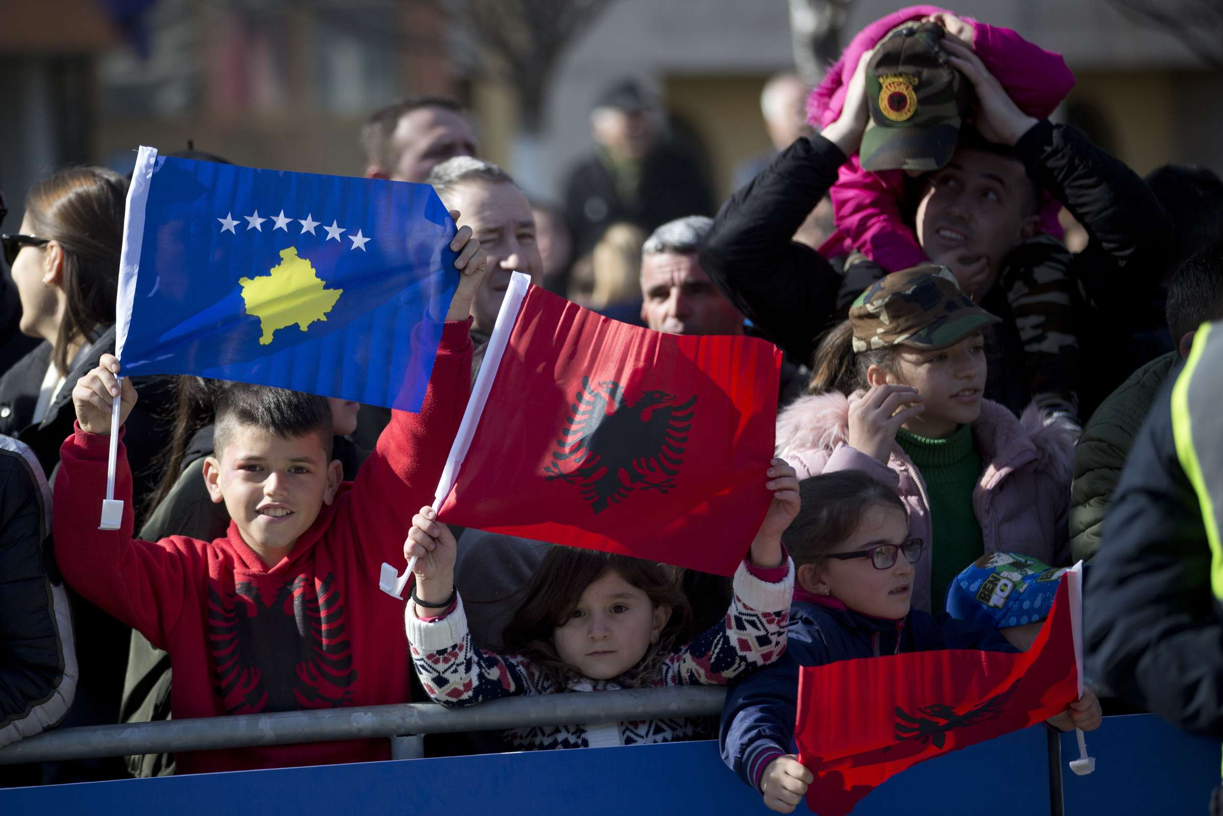 Cambia UEFA sede de juegos por rechazo de España a Kosovo