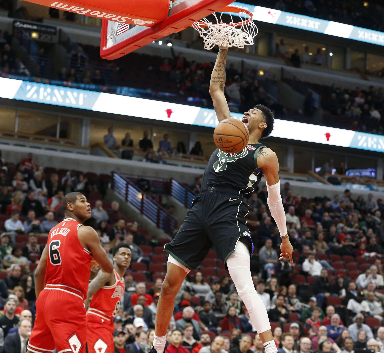 Con Antetokounmpo en la banca, Bucks superan 117-106 a Bulls