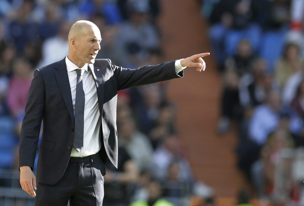 Zidane regresa al Real Madrid con victoria 2-0 ante Celta