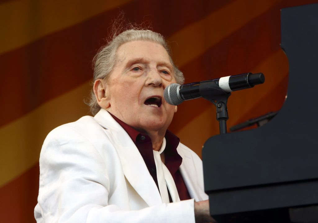 Jerry Lee Lewis cancela conciertos mientras se recupera