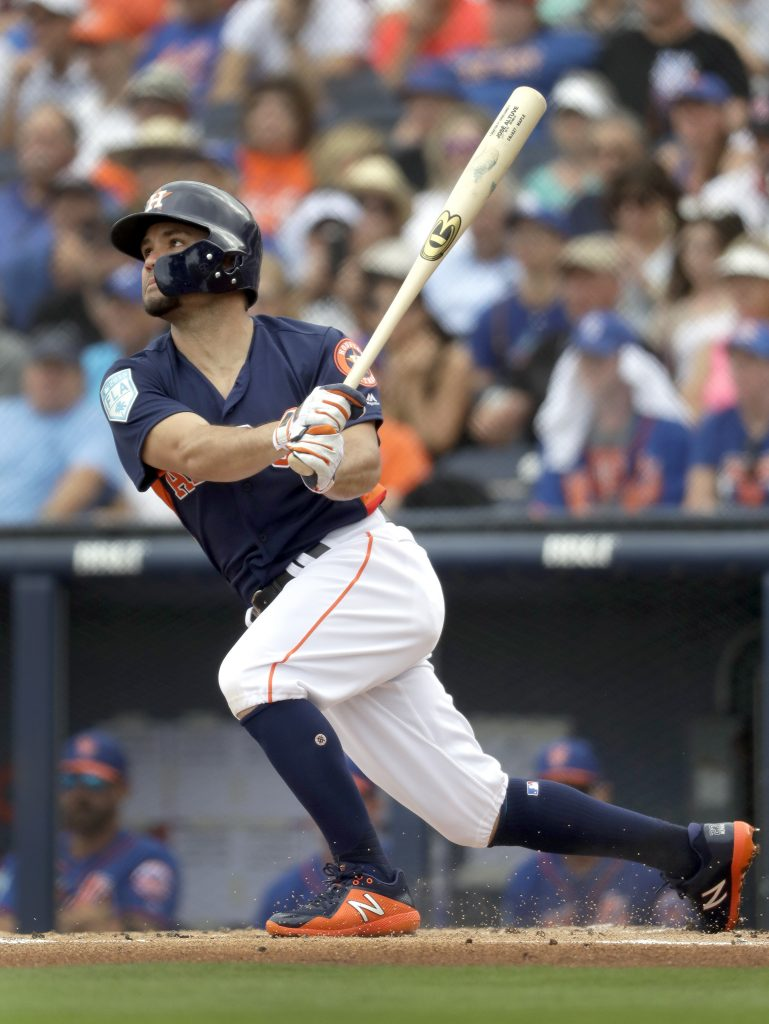 Astros: Altuve reaparece y apura trabajo defensivo