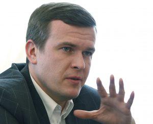 Ministro polaco plantea propuestas para dirigir AMA