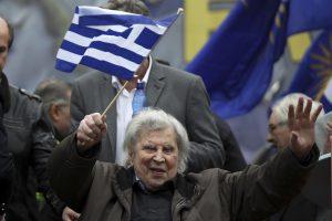 """Compositor de """"Zorba, el griego"""" es hospitalizado"""