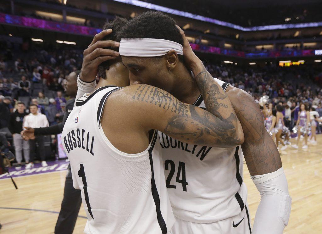 Russell logra su máxima puntuación y Nets vencen a Kings