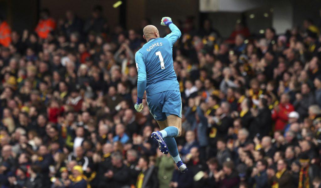 Manchester City y Watford pasan a semifinales en Copa FA