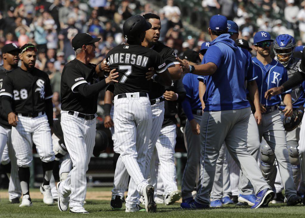 MLB: Keller suspendido 5 juegos, Anderson y Rentería 1