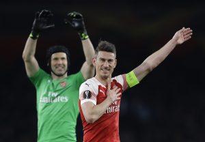 Arsenal, Chelsea, Valencia y Benfica ganan en Liga Europa