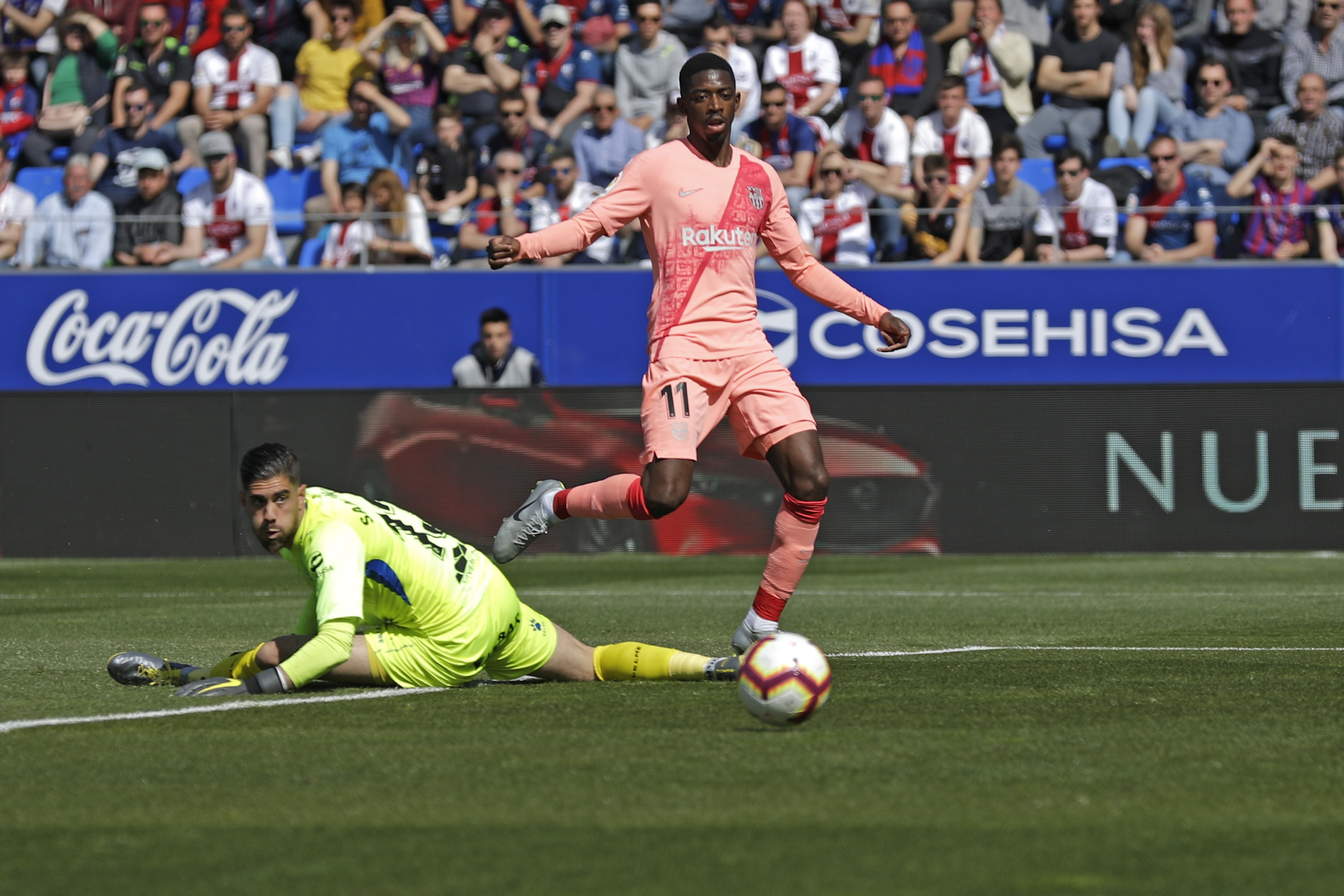 Barcelona, sin Messi, empata 0-0 con Huesca
