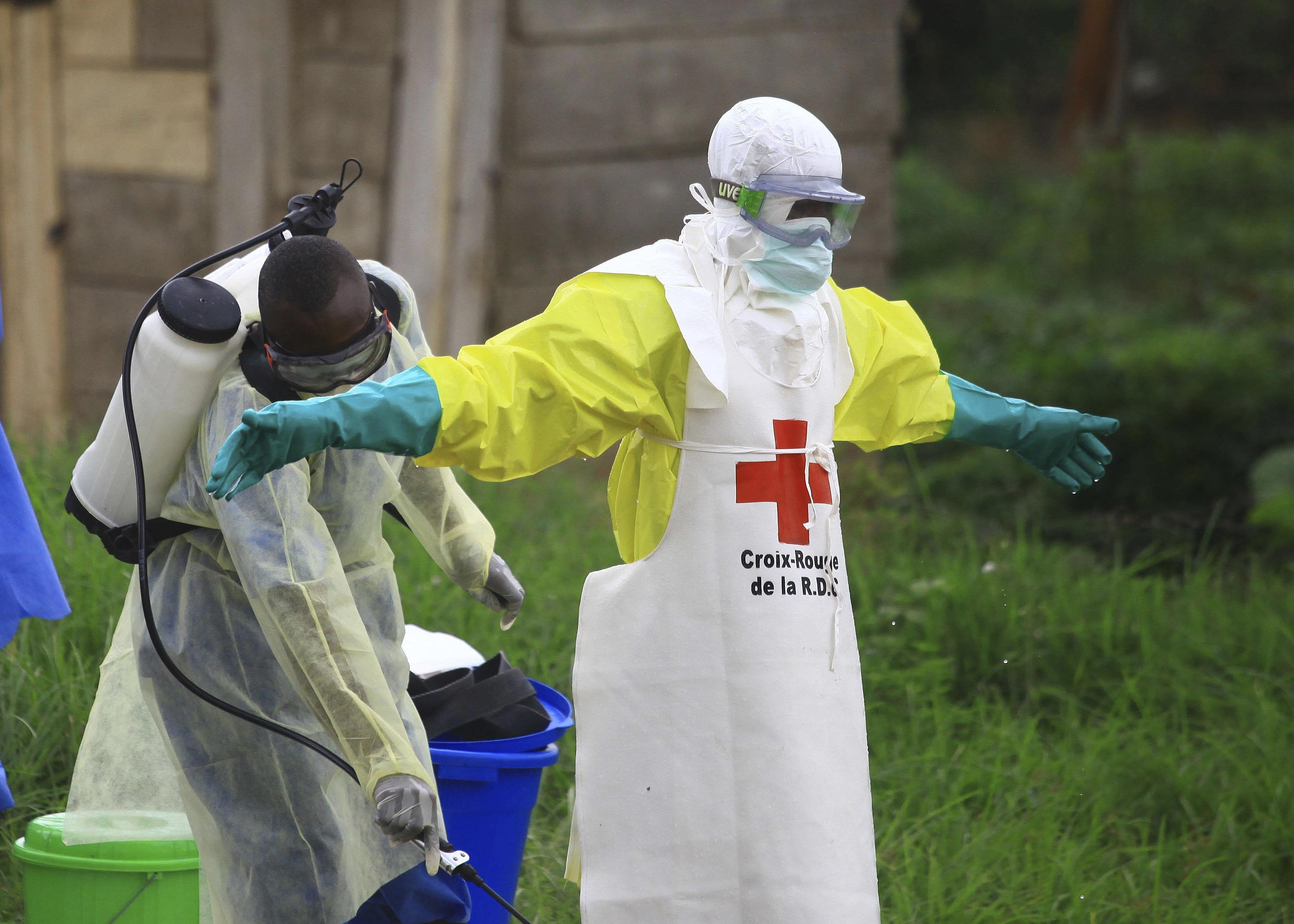 OMS: Brote de ébola en Congo no es emergencia mundial