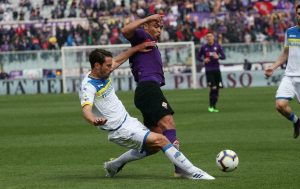 Técnico de Fiorentina Pioli renuncia tras mala racha