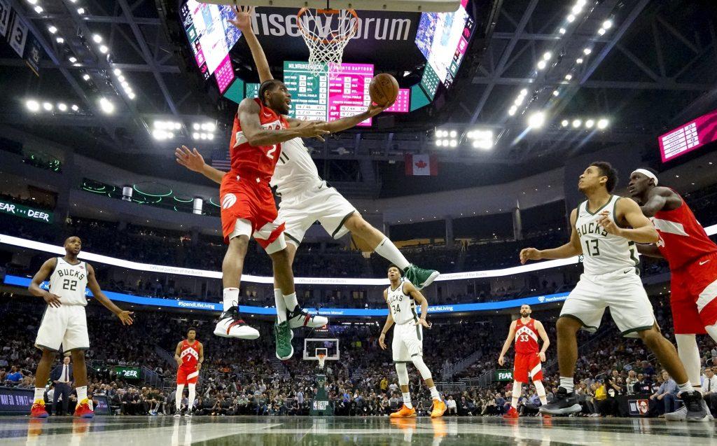 Leonard coloca a Raptors a un paso de la final de la NBA