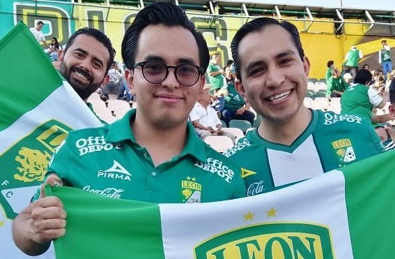 León dedica emotivo video a su afición