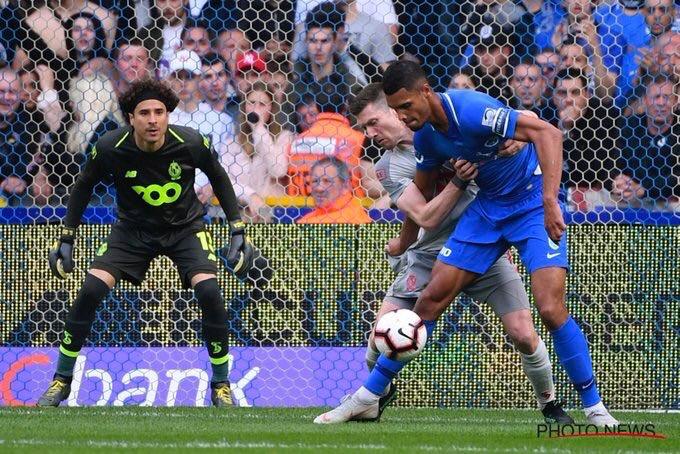 Ochoa y Standard se clasifican a la Europa League