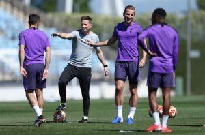 Pochettino compara a Harry Kane con Messi