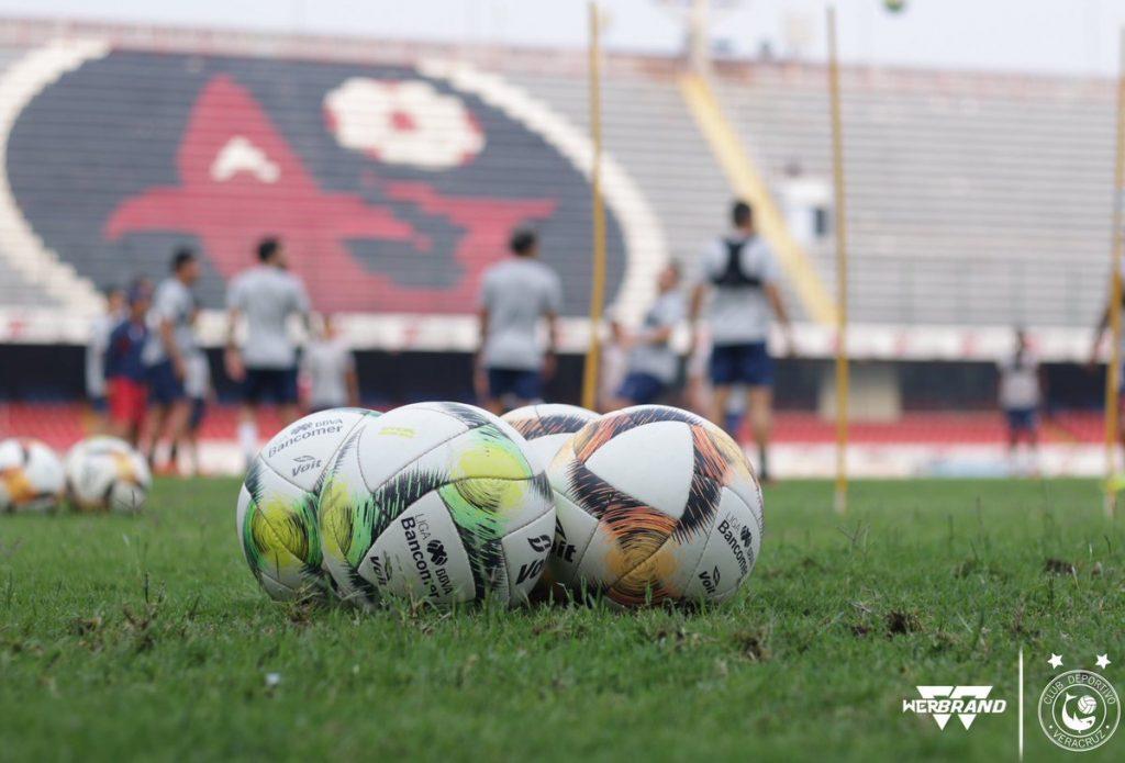 ¡El tiburón seguirá nadando! Veracruz se queda en Primera División