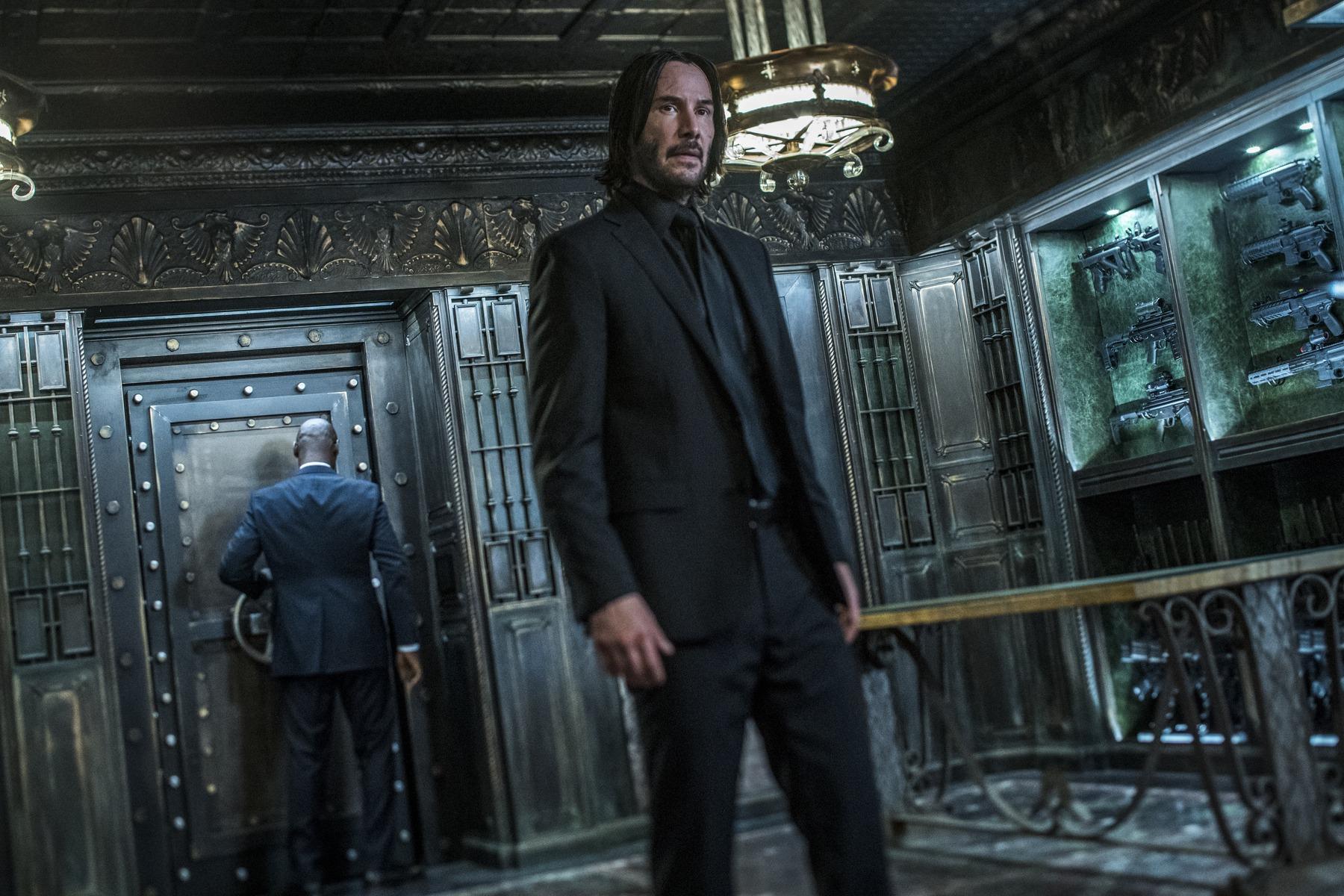 John Wick quita del trono a Avengers en las taquillas