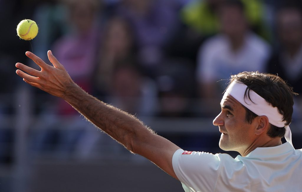 Federer y Osaka se bajan de Roma por lesiones